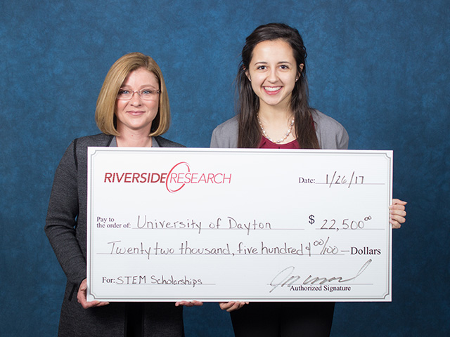 Riverside Research Presents 2016-2017 STEM Scholarships