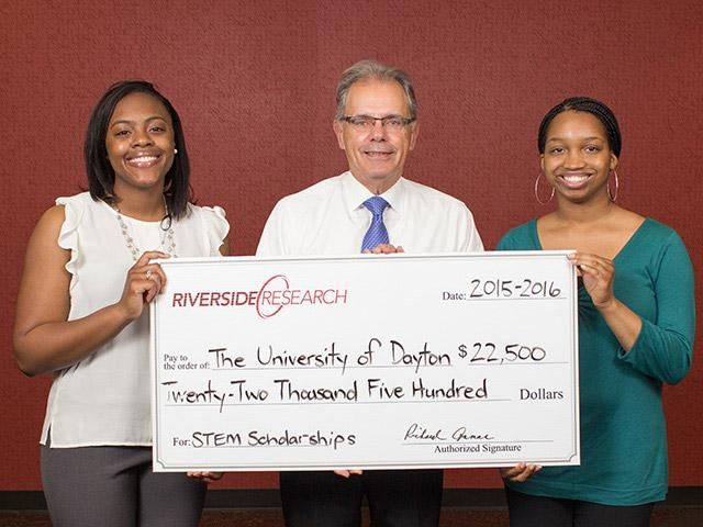 Riverside Research Presents Minority Leaders Scholarships to the University of Dayton