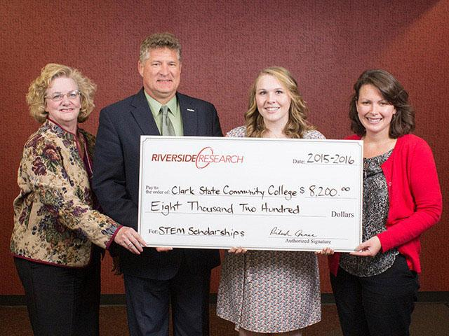 Riverside Research Presents STEM Scholarships to Clark State Community College
