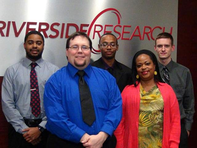 Three Years and Going Strong: Five More Students Complete the Riverside Research Intern Program